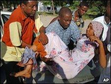 Islamists threatened Uganda after peace keepers shelled in Mogadishu